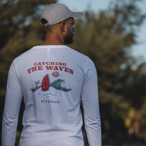 Catching the Waves Wh Long Sleeve